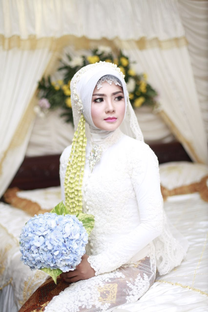 Akad nikah . . . #redant #hijab #kebaya #welcomehome #wedding