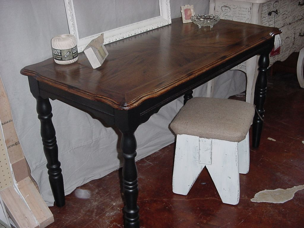 Walnut Stained Table Top With Black Legs Patterned Desk W And Skirt Kitchen - How To Stain A Wooden Table Black