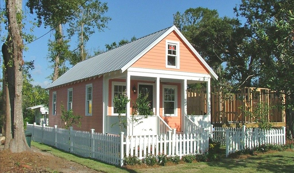 A LOWES KATRINA COTTAGE Tiny House solutions post Hurricane