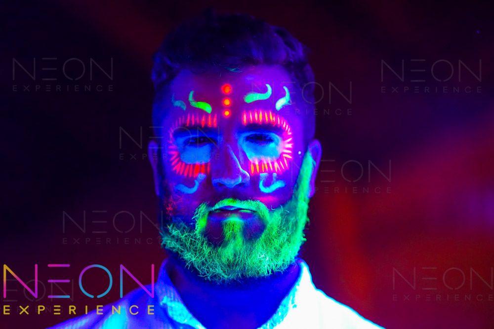 Disenos Con Pintura Neon Pinturas Neon Disenos De Unas Neon