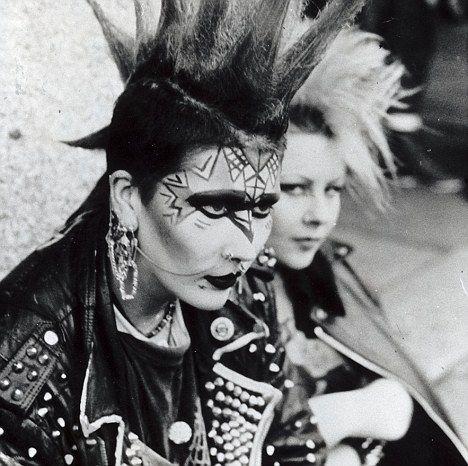 punk fashion 1970s style styles wardrobe makeuphair