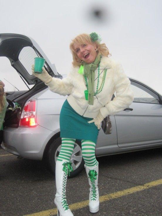Irmunda @ Hash House Harriers 2011 Green Dress Run