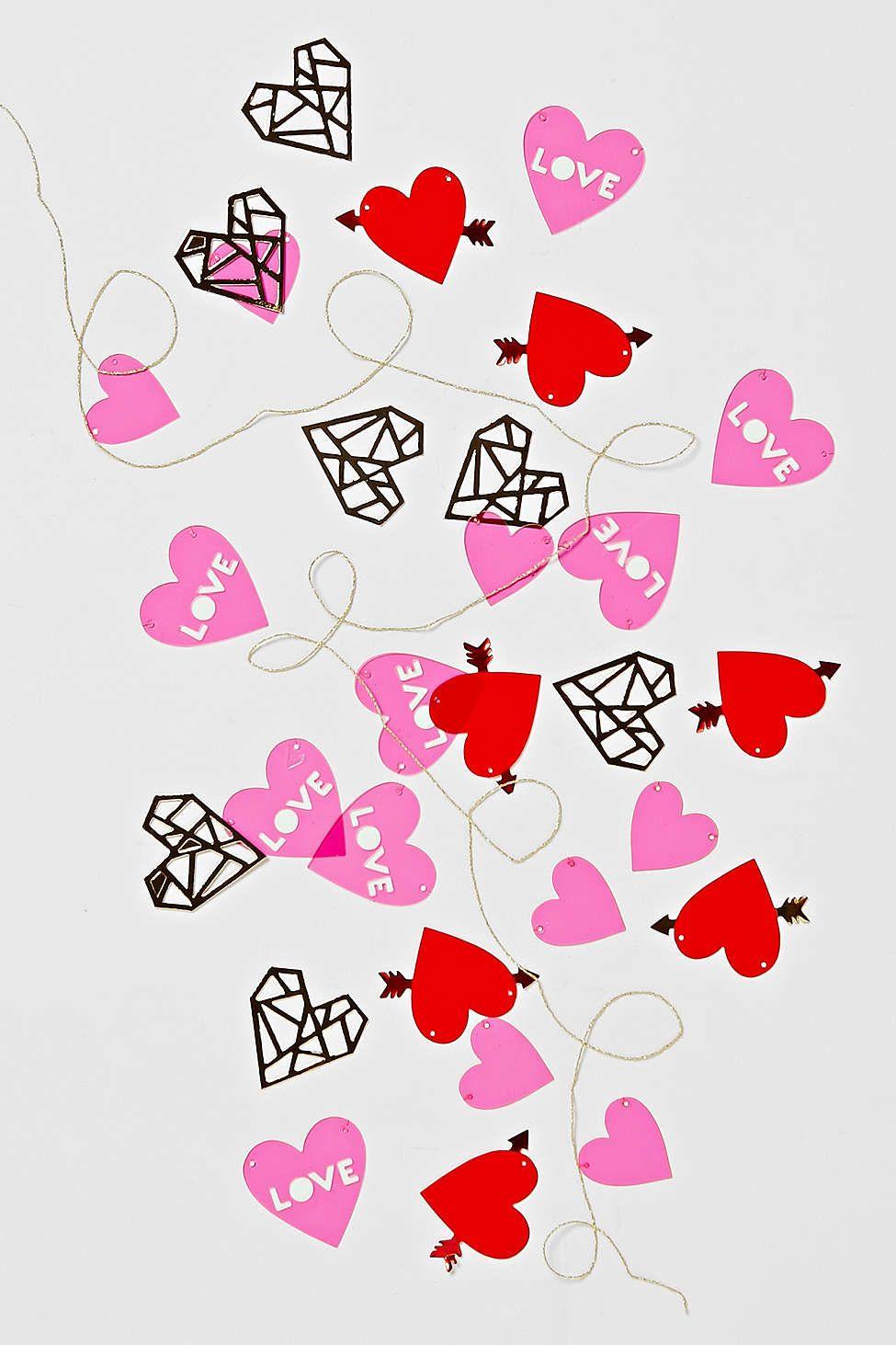 Love Mini Garland Kit