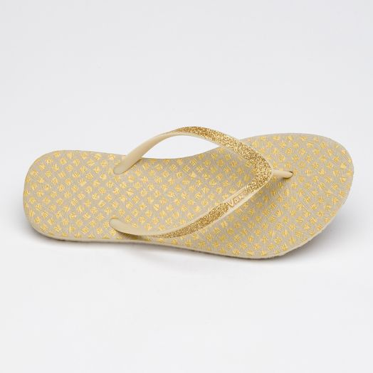 79f7dd797 Gold flip flops for the reception after the wedding