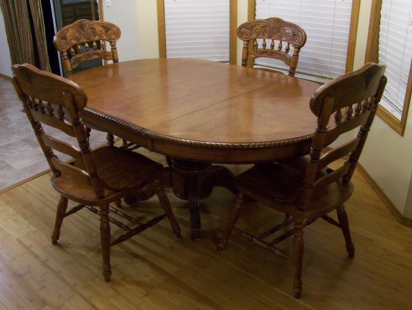 Dining table 4 chairs clearwater solid wood pedestal for Solid wood round dining table with leaf