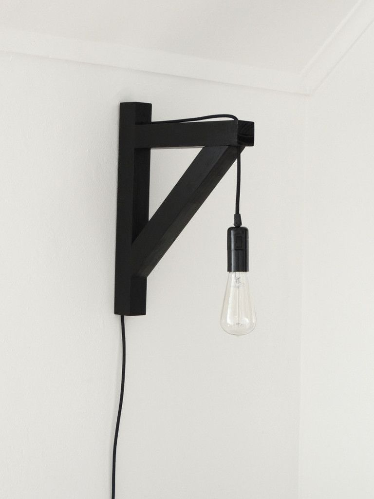 Triangular Bed Lamp - Black | Mono Online Shop