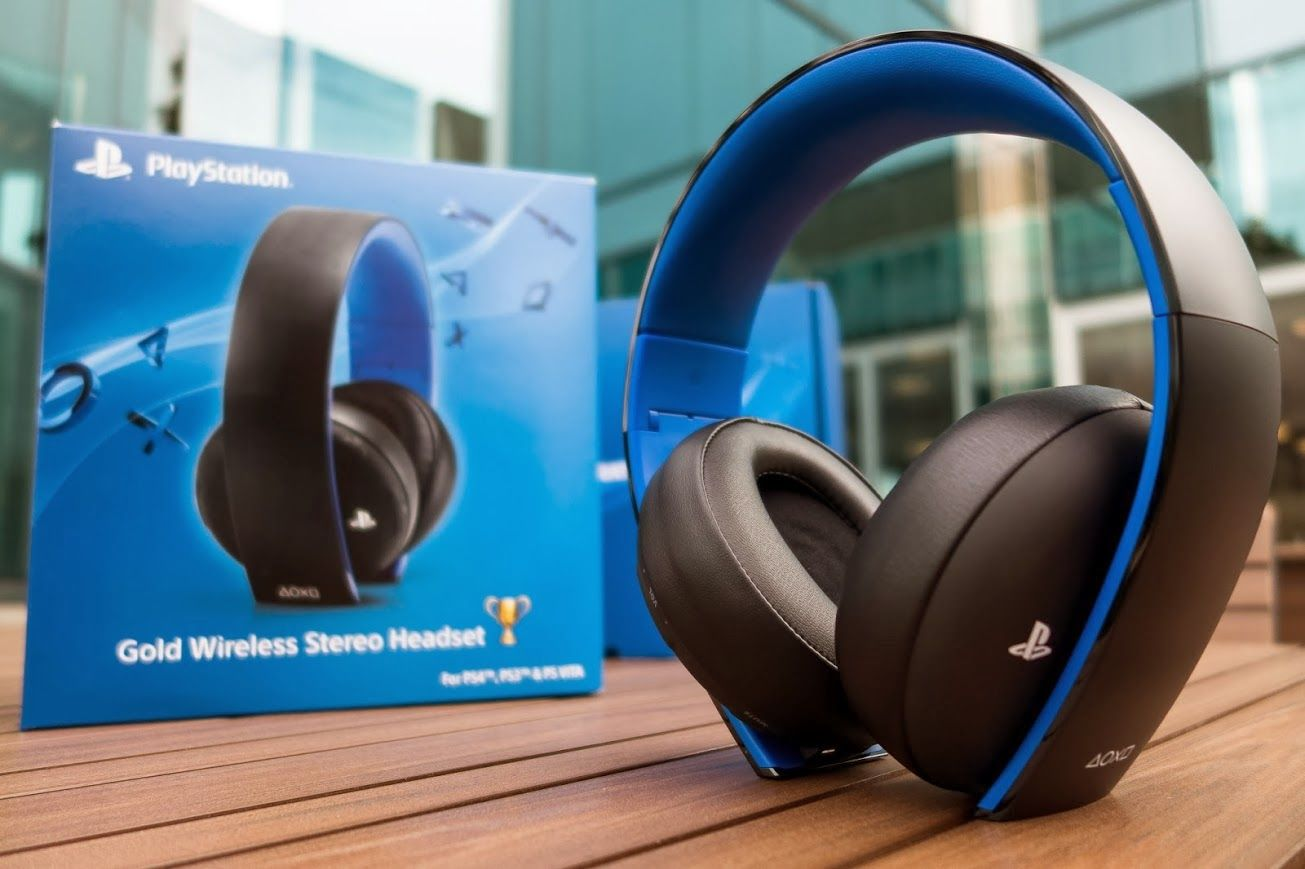 Playstation-4-Gold-Wireless-Stereo-Headset-Unboxing Get ready to ...