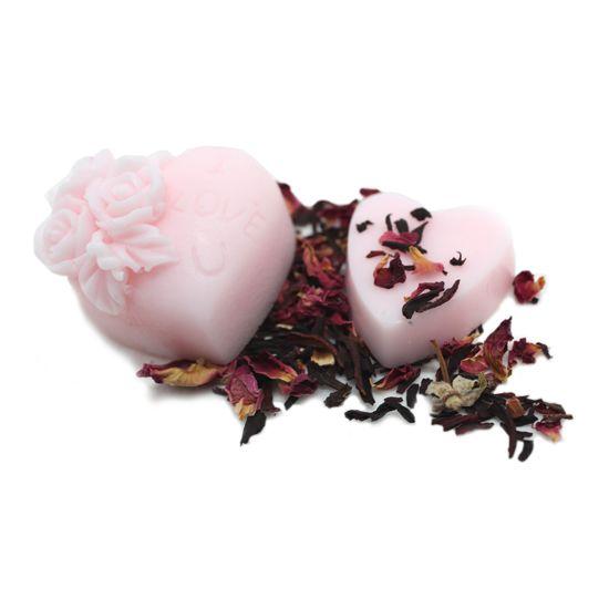 Paso a paso de cómo hacer jabón facial de caviar y de rosa mosqueta, un jabón facial para pieles maduras.