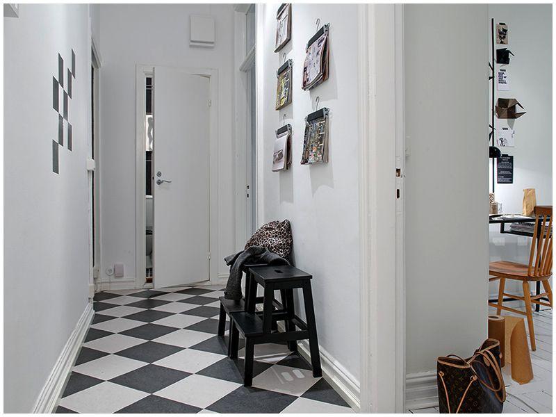 Fed ide med blade på væggen. Simpel og nem at føre ud i livet.