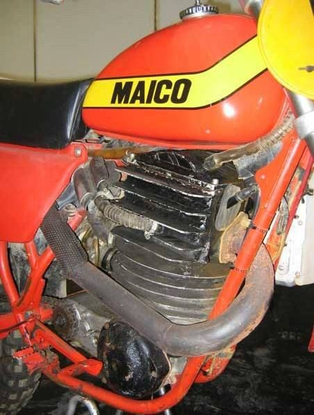 """1979 Maico Experimental 4-stroke.  It is said to displace 600cc's and has two carburetors in an """"above/below"""" configuration.  It used the same gearbox/cases as the Magnum 2-strokes."""
