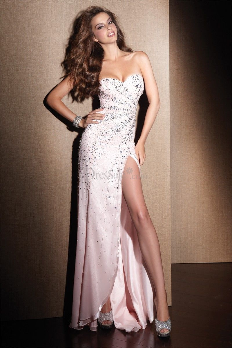 Inviting strapless sweetheart prom gown with alluring high slit