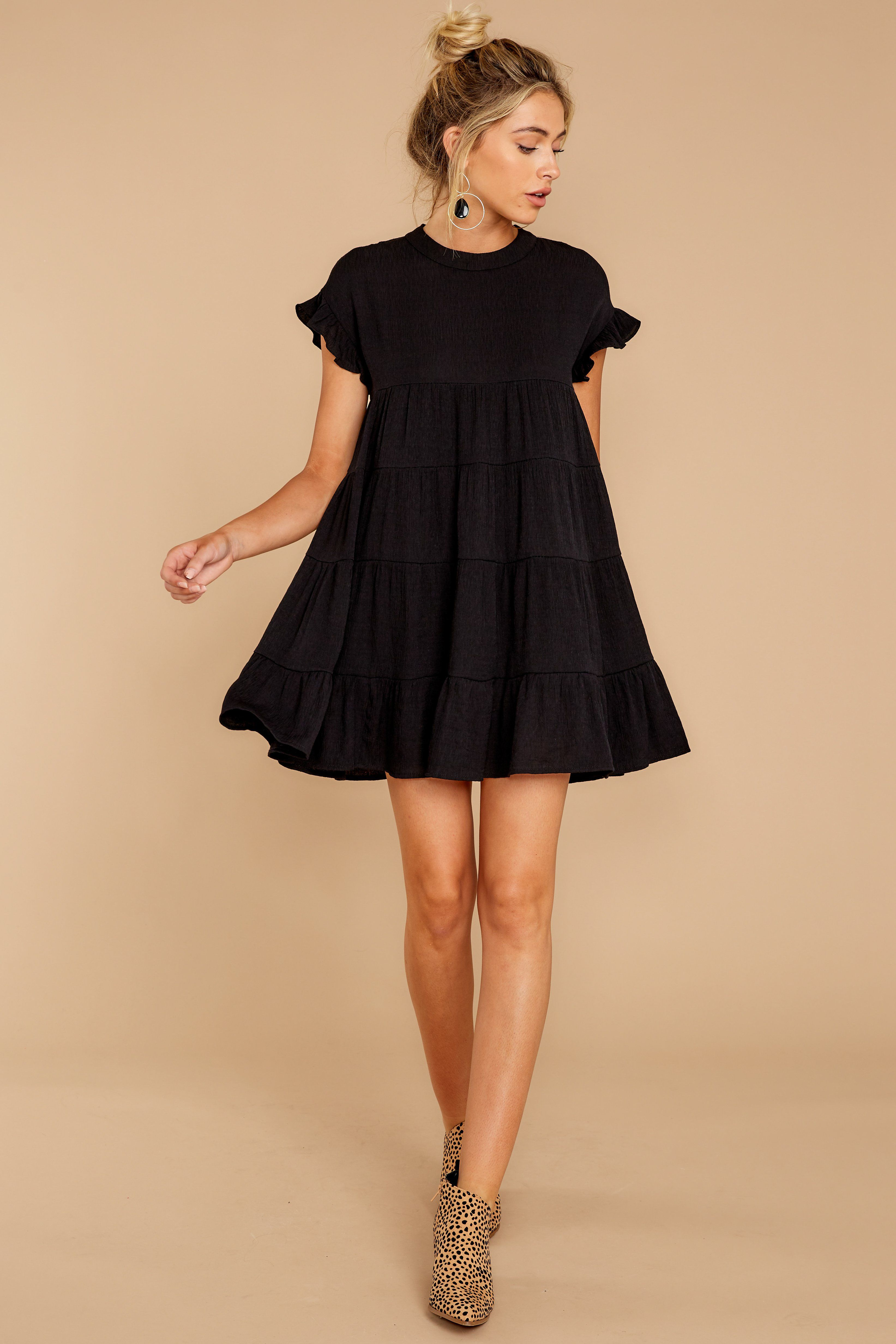Casual Black Shift Dress Flowy Short Sleeve Dress Dress 44 00 Red Dress Black Dress Accessories Short Dresses Casual Black Dress Outfits [ 4929 x 3286 Pixel ]
