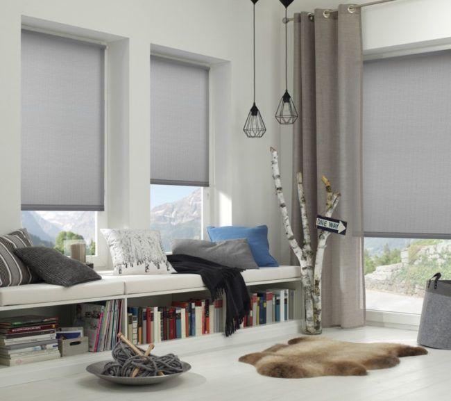 Sommerlicher Waermeschutz Fenster Wohnzimmer Rollo
