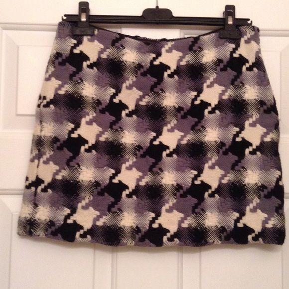 j Crew mini skirt Mini skirt  32 waist.  15 1/2 short! J. Crew Skirts Mini