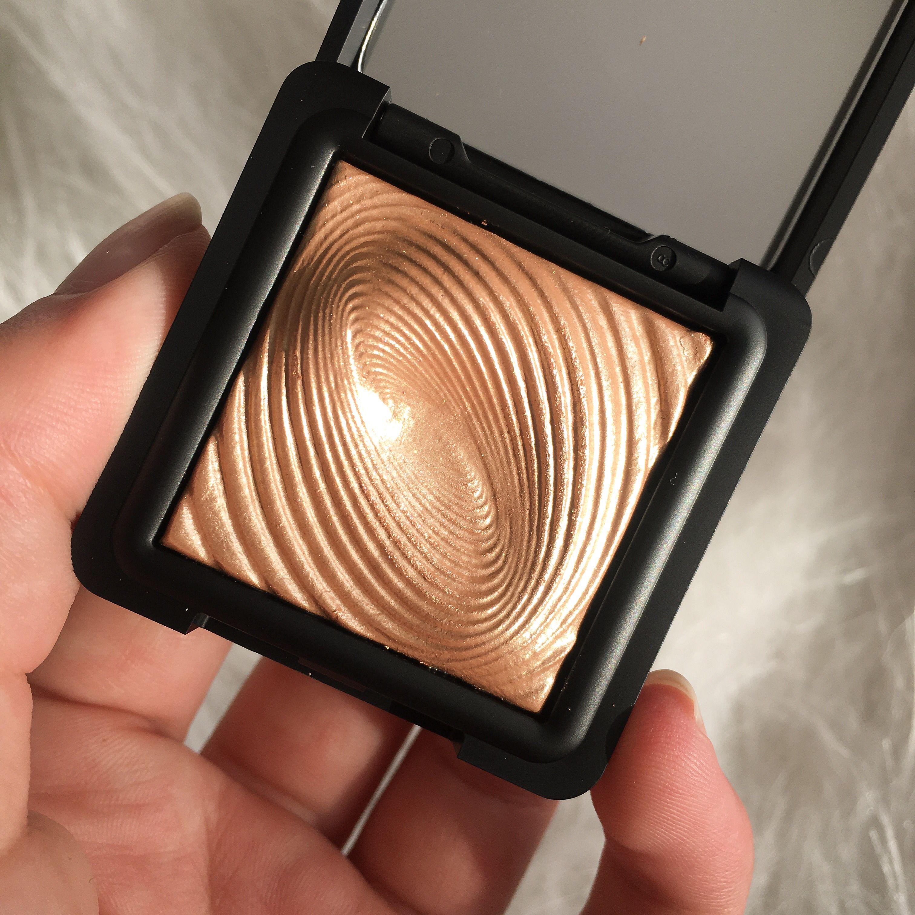 Calendrier Kiko.Kiko Milano Water Eyeshadow In Shade 208 Makeup Loving 2019