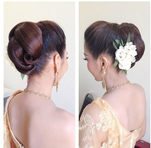 Thai Wedding Hairstyle Cr Nongchat Bridesmaid Hair Wedding Hairstyles Hair Styles