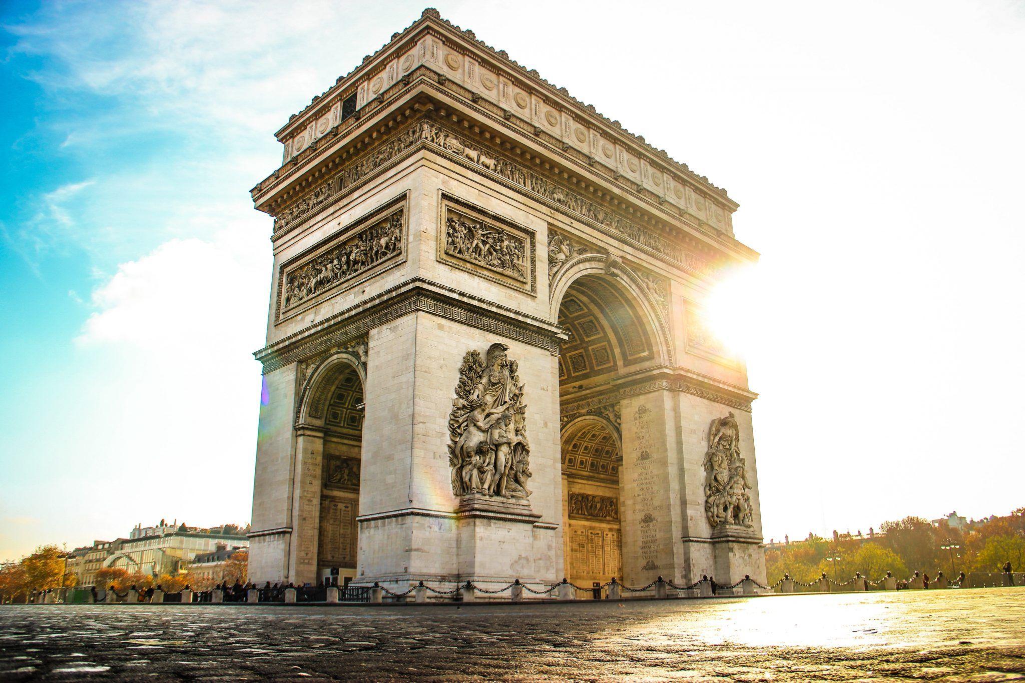 The Glorious Arc De Triomphe Snazzy Trips Travel Blog French Landmarks Arc De Triomphe Paris Arc De Triomphe