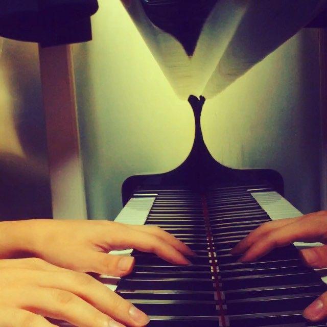 #김건모 #피아노 #piano #kpop #music   1. 김건모 - 아름다운 이별  http://totalog.net