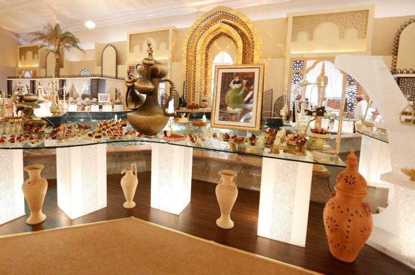 داخل خيمة رمضان لقصر الإمارات هذا العام Vanity Mirror Mirror Home Decor