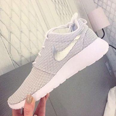 Ein toller Schuh f r deine sportiven Looks. Nike