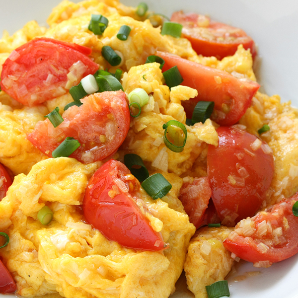 A Delicious Scrambled Egg Recipe Scrumptious Scrambled Eggs And Tomatoes Recipe From Grandmothers Kitchen Recipes Tomato Recipes Healthy Breakfast