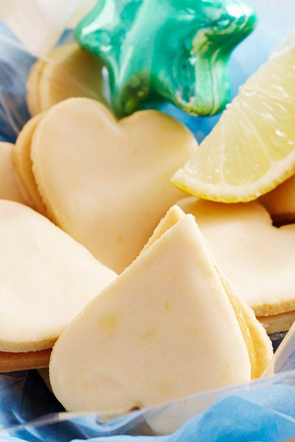 Rezept für herzförmige Zitronenplätzchen #konfektjul