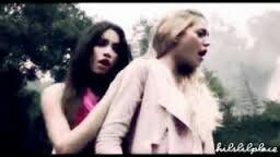Lalochi En El Video De Teen Angels De Mirame Mirate
