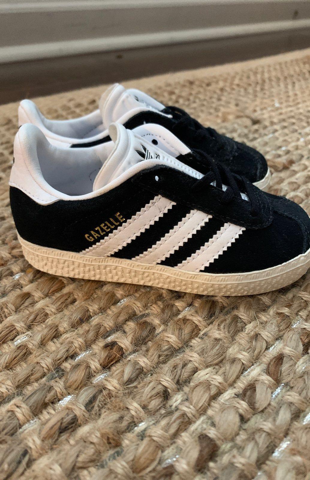 Black Adidas Gazelle tennis shoes size 5.5 kids shoes. No box ...