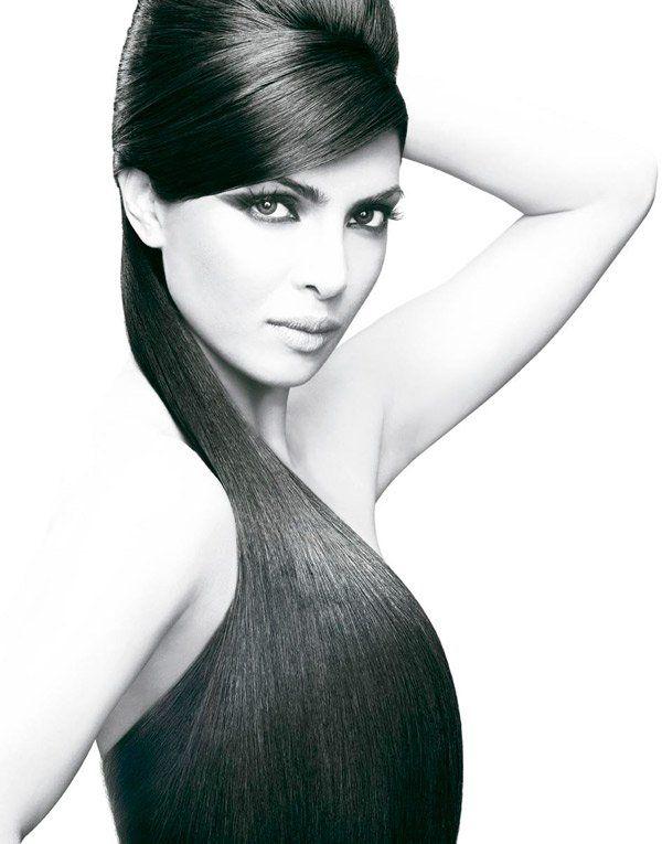 Priyanka Chopra | Portrait - Photography - Black and White - Fashion - Pose Idea / Inspiration