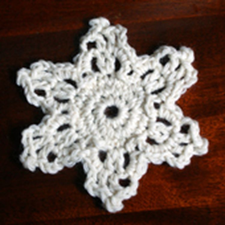 Try This Easy Snowflake For Your Next Crochet Project Crochet