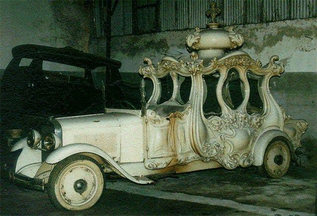 White hearse used for children's funerals, 1929, Studebaker