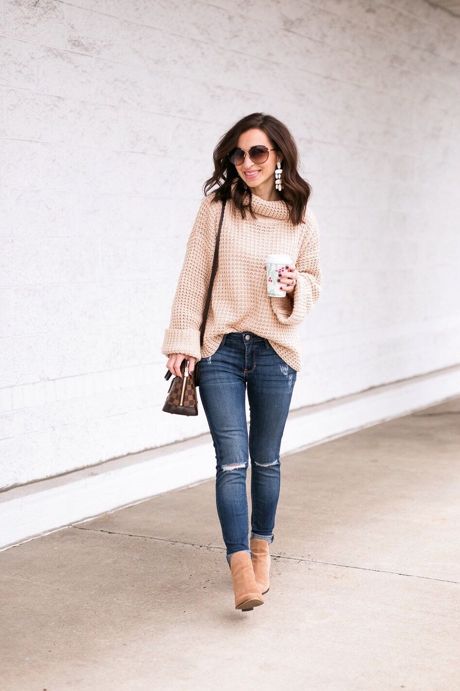 219e84a3993 Goodnight Macaroon Retta sweater in Cream. Louis Vuitton Alma BB damier  ebene. Suede booties
