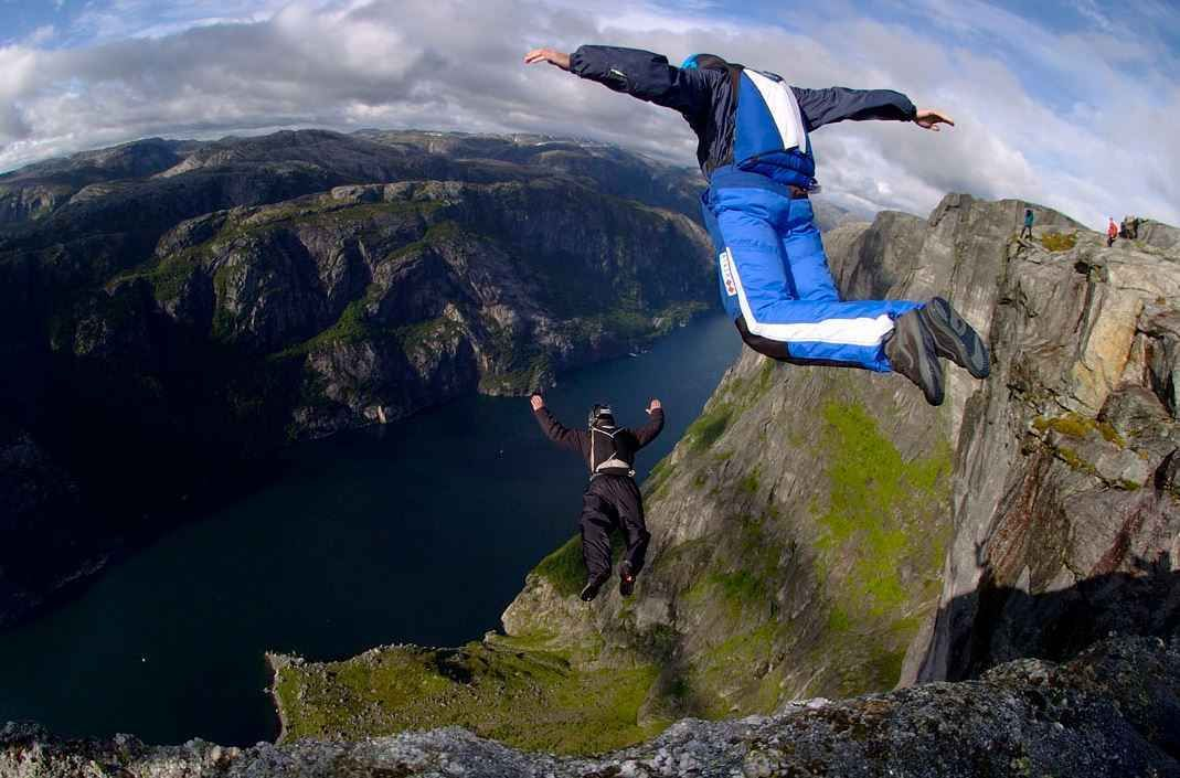 Top 10 Most Dangerous Sports in the World Extreme sports