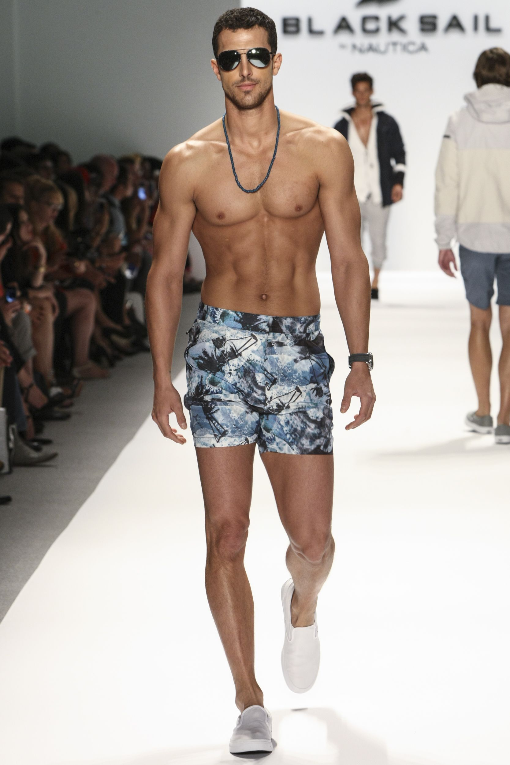 f3e4f739ad7 Nautica Men s Spring 2014 Black Sail Collection  MBFW  NYFW ...