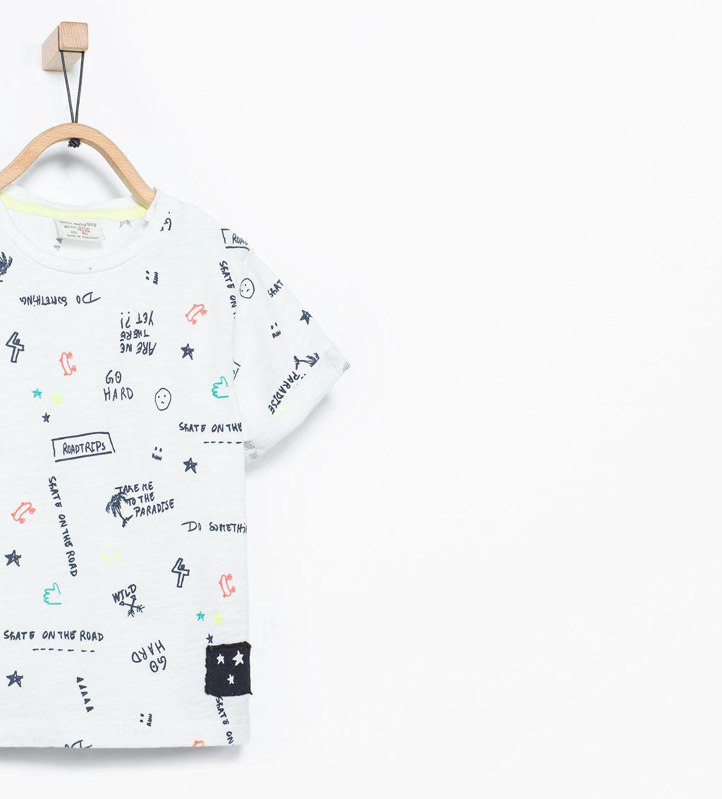 9cdd72de411 Εικόνα 1 του Μπλούζα με στάμπα και μπάλωμα από Zara Toddler Boy Fashion,  Kids Fashion
