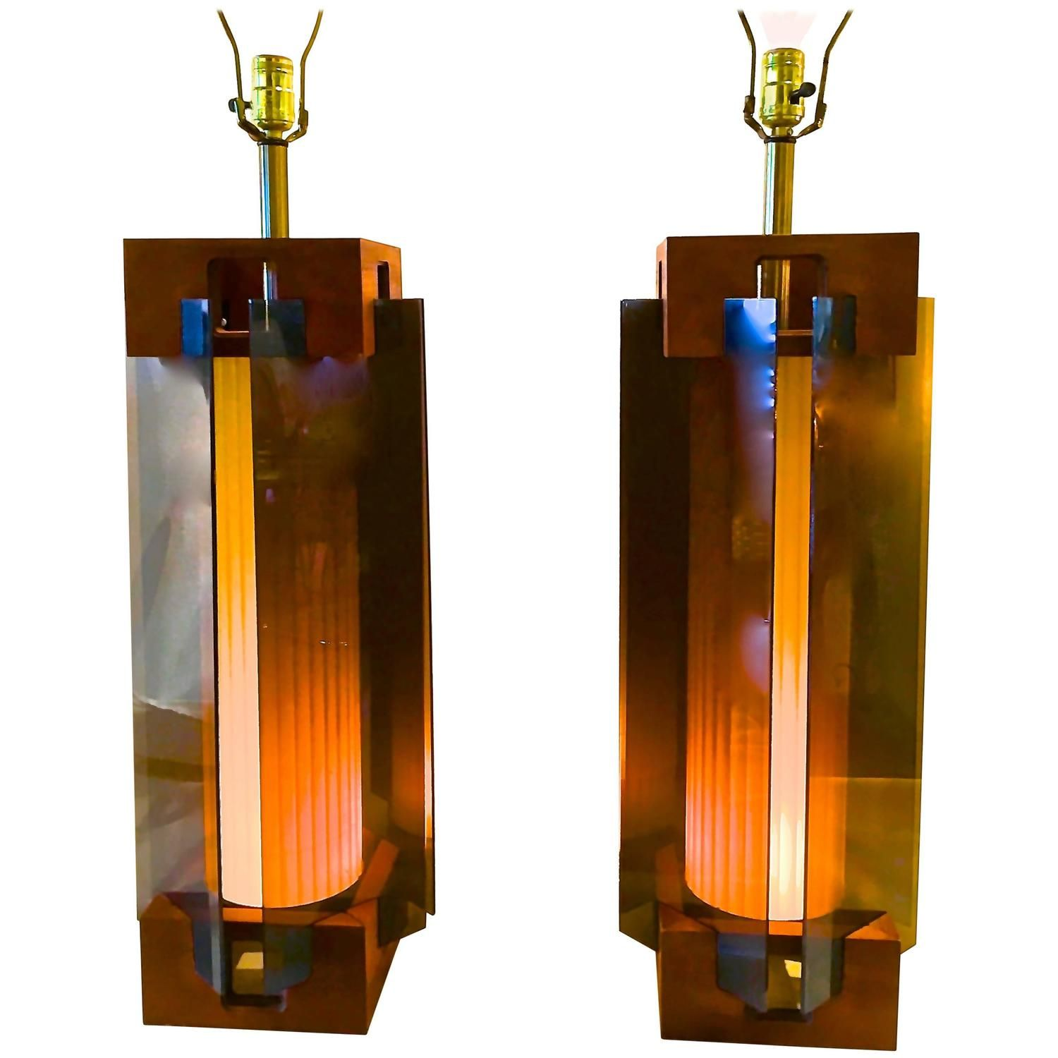 Architectural Pair of Mid-Century Modern Smoked Lucite, Walnut and Brass Lamp