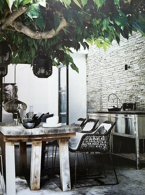 table set designed by patricia urquiola for kartell | stylist helle walsted | elle decor italia 2010