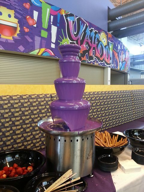 purple chocolate fountain #chocolatefountainfoods