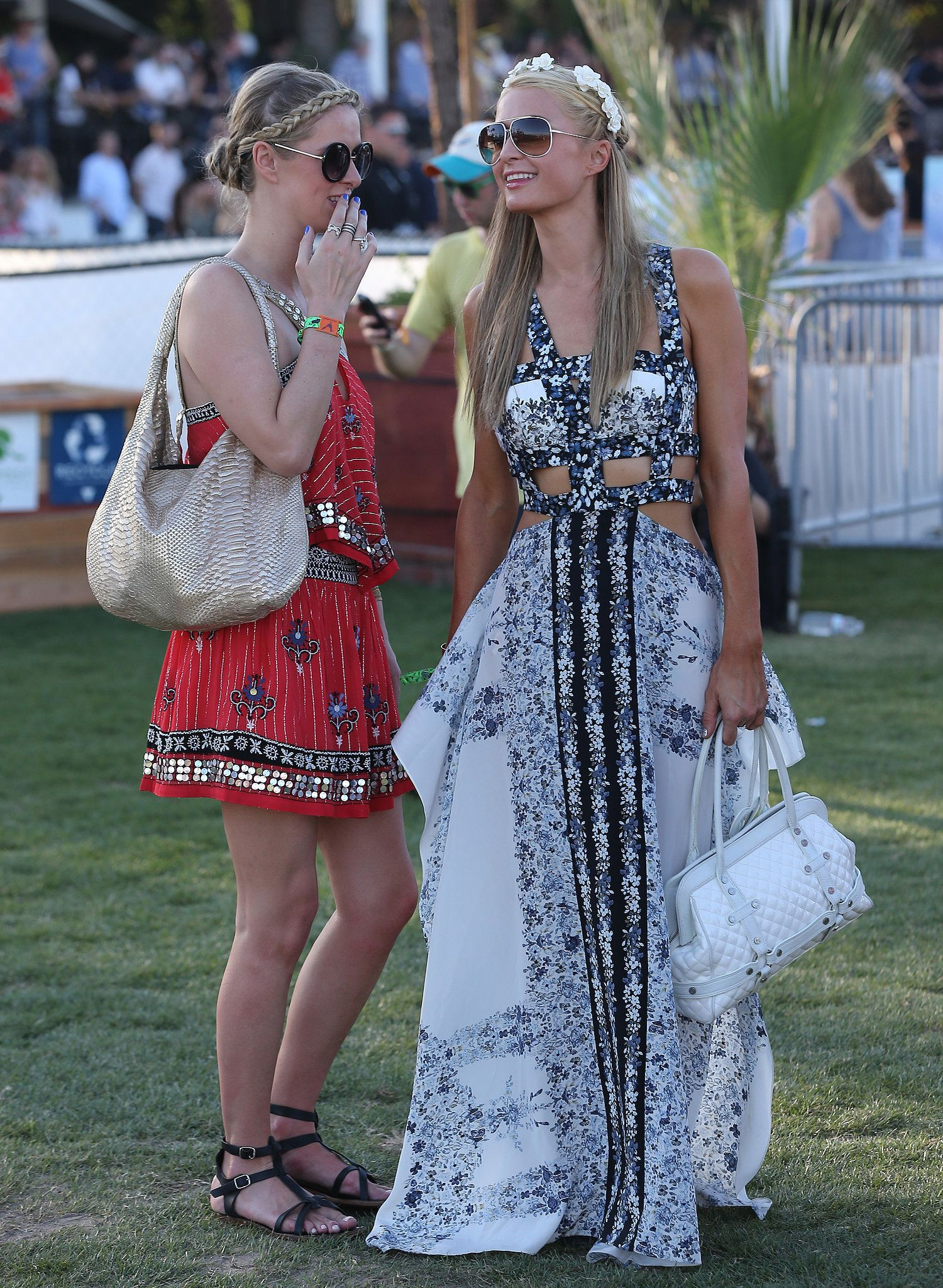 Nicky and Paris Hilton brought their sisterly love to the festival. coachella  2014   Sup3rb
