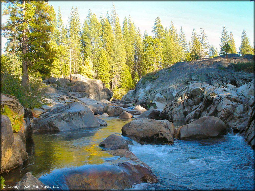 Yuba River, Tahoe National Forest, CA. (met afbeeldingen