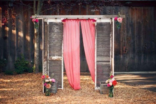 15 hochzeitsideen f r t ren inszeniert als wundersch ne kulisse deko pinterest fotobox. Black Bedroom Furniture Sets. Home Design Ideas