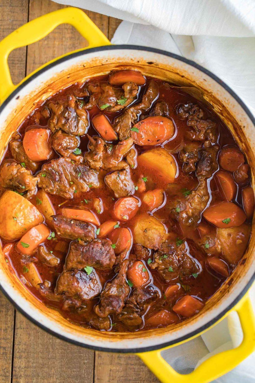 Classic Beef Stew | Easy beef stew, Beef stew dinner ...