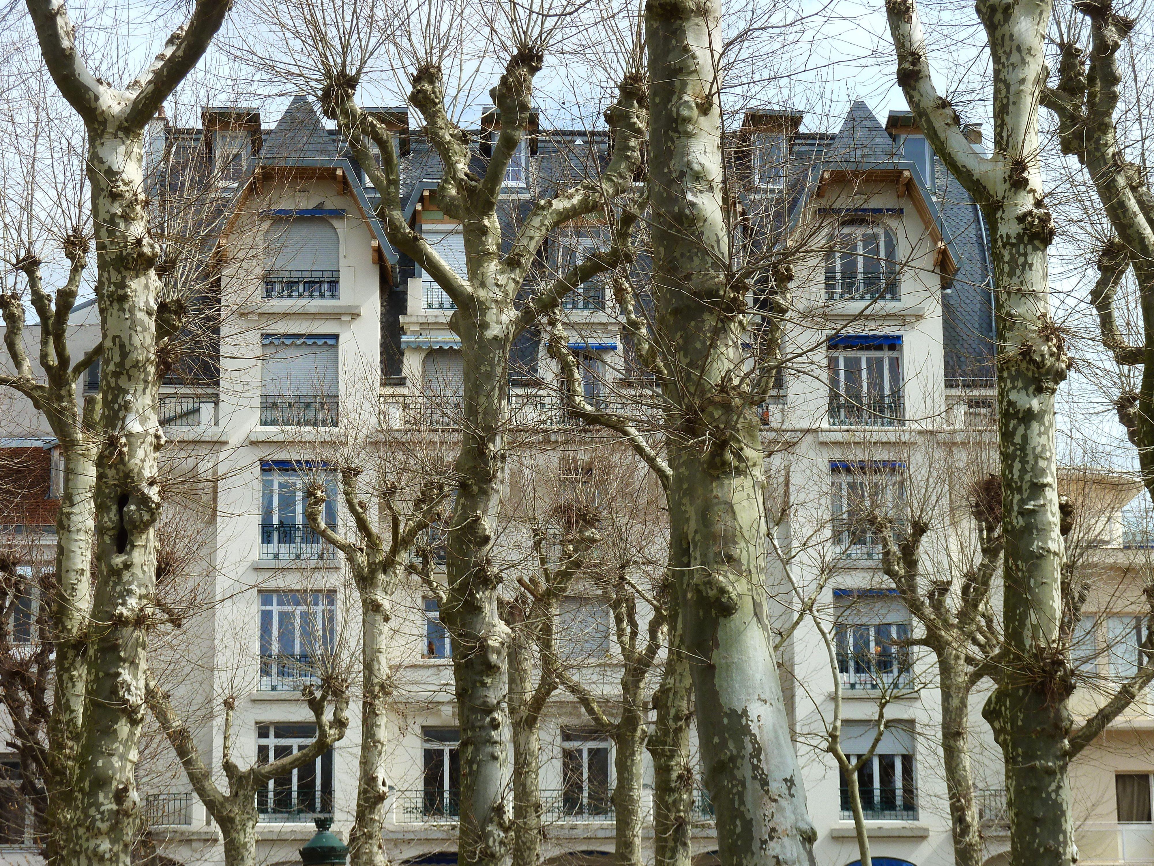 Vichy Parc Des Sources Ancien Hotel De L Amiraute Auvergne France Auvergne Amiraute