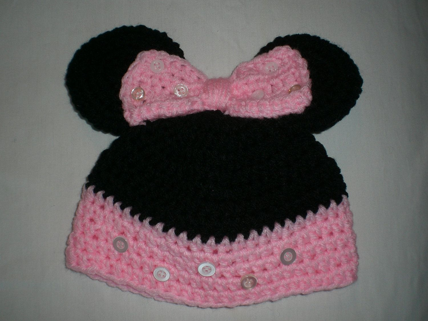 month baby crochet character hat minny mouse hat disneyland