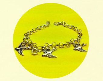 Divergent inspired jewelry - tris's three birds tattoo