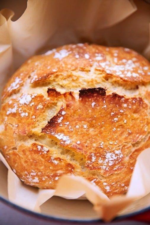 Easy No Knead Bread Recipe (Made in a Dutch Oven)   Little ...