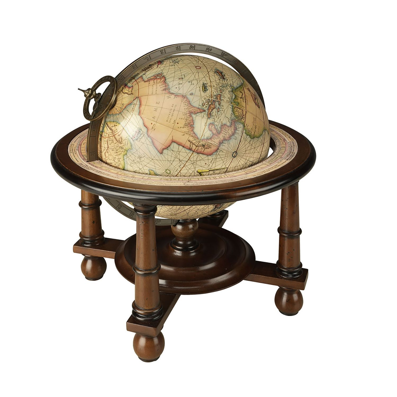 Ein sehr dekorativer und ausgesprochen schöner Globus, aus dem ...