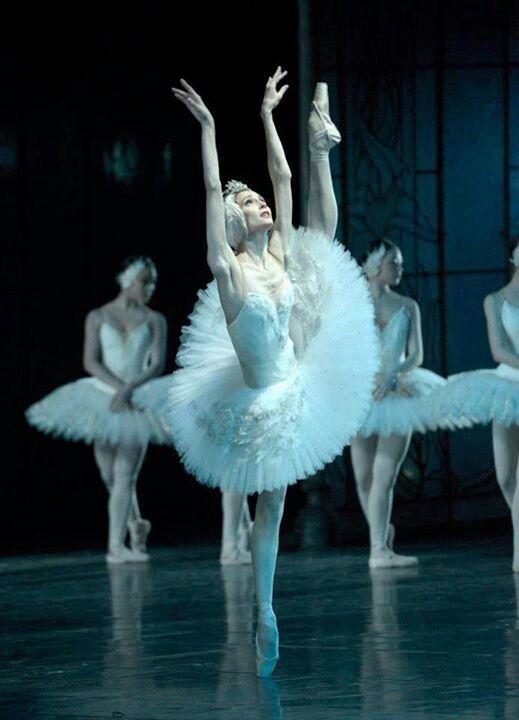 """Svetlana Zakharova in """"Swan Lake"""""""