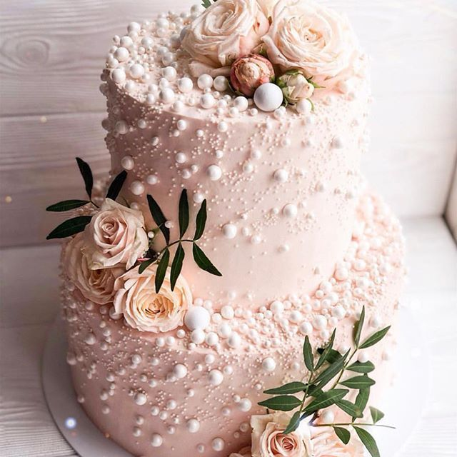 @cakebycourtney #cake #art #fondantart #specialtycakes #cakedecorator #cakevideo #caketutorial #instacake #cakeart #cakeoftheday #cakeartist #kek #birthdaycake #pastry #cakeboss #kekc #instalove #cakeinspiration #nyc #amazingcake #torte #pastel #gateau #cupcake #cakeinspo #artist #dolce