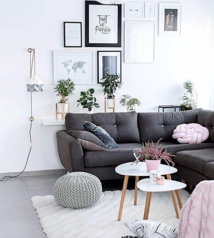 Gemutliches Wohnzimer Im Skandinavischen Stil In 2020 Living Room Decor Brown Couch Curtains Living Room Living Room Decor Gray